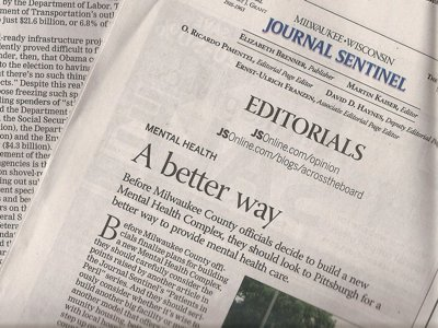 OnMedia: The silliness of newspaper editorials