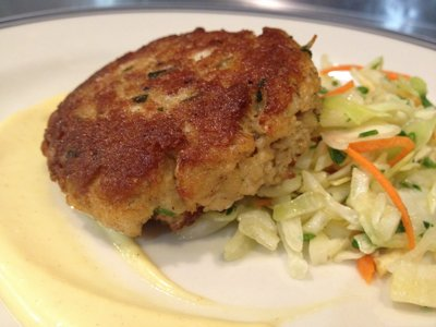 Espinosa shares secrets of great crab cakes