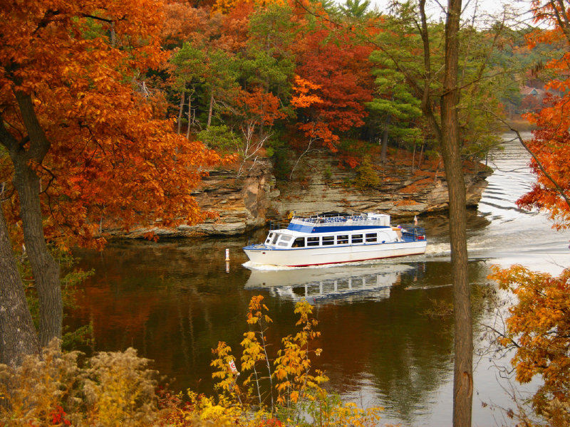 Still Plenty To Do In The Dells When The Leaves Start