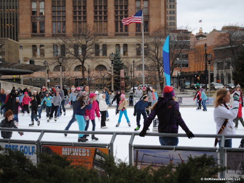 Ring in new years eve with the family onmilwaukee skate your way into 2012 malvernweather Image collections