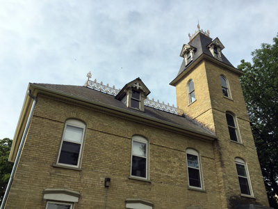 Urban spelunking: Faries-Rood tower house