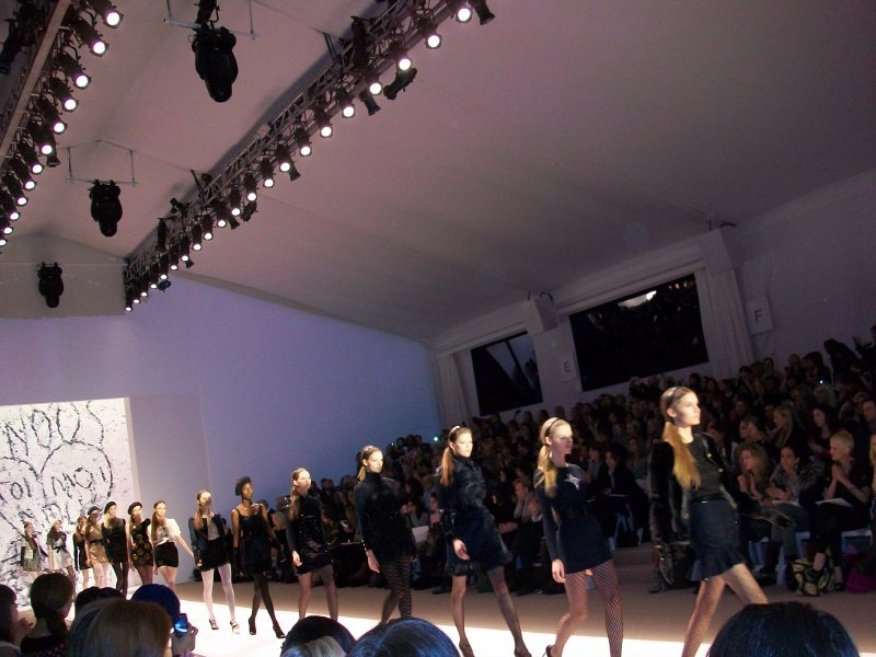 Bow belts, headbands and  gloves added to the prep school appeal at the Milly show.