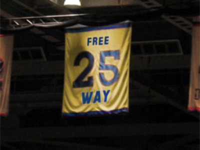 April Fools: Marquette retires Freeway's number