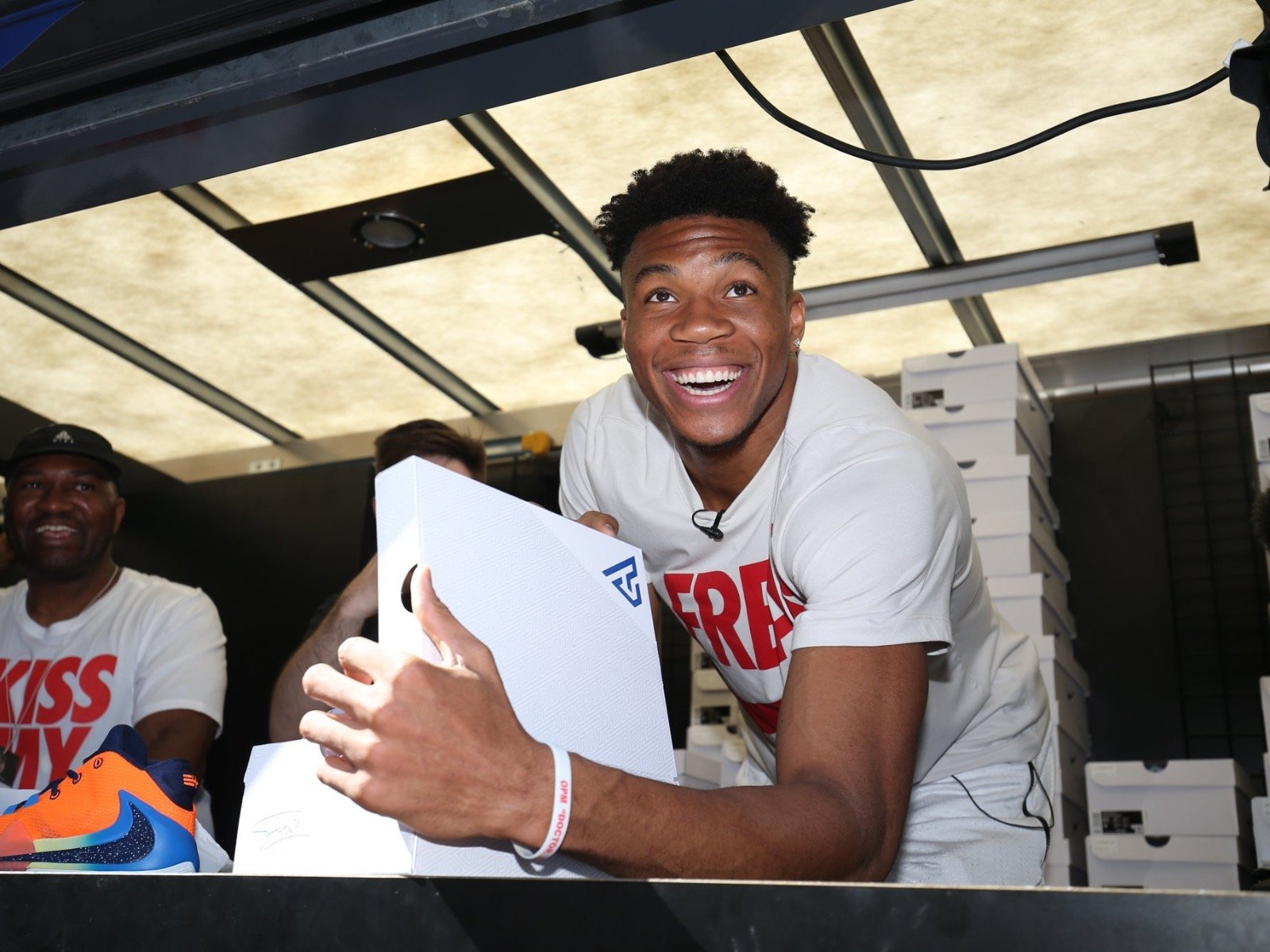 Giannis Antetokounmpo is going to be a dad