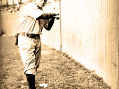 Wisconsin's Beaumont was first batter in World Series history