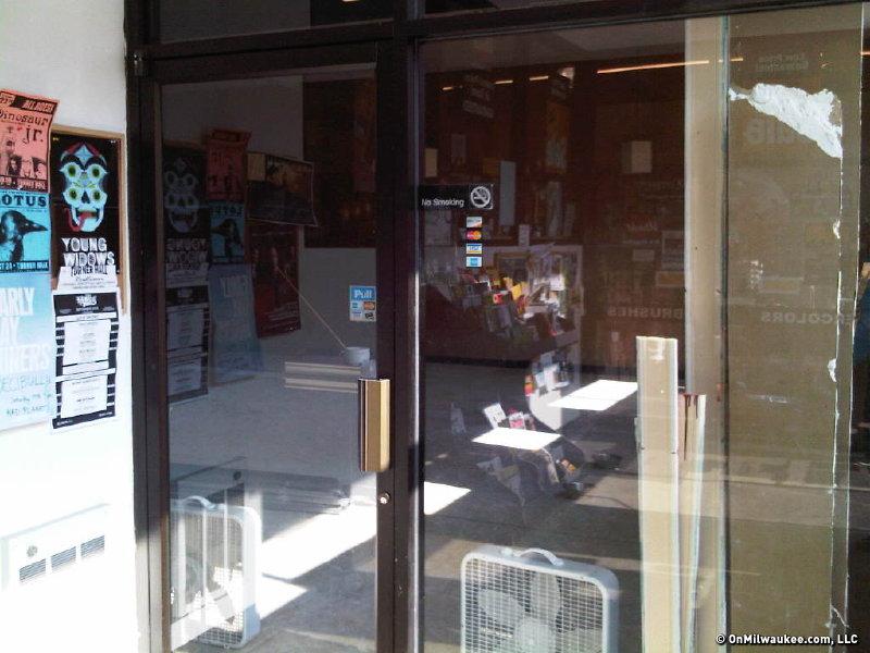 Utrecht art supplies milwaukee wi for Craft stores in milwaukee