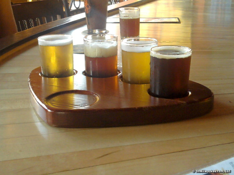 "If you just can't make up your mind, both Hollanders offer tasting options like the beer palette (pictured here), Lowlands Meter and ""Kwak Carousel."""