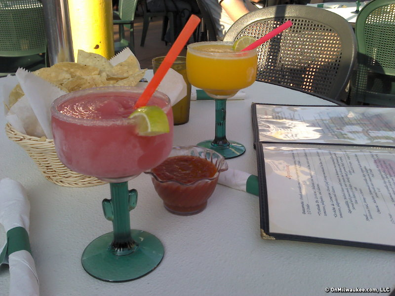Nothing says La Fuente margaritas like cactus glasses.