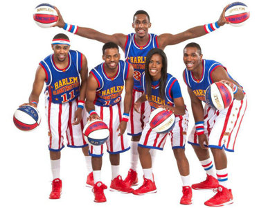 Playing H-O-R-S-E and chatting with Bull Bullard before Globetrotters' NYE visit