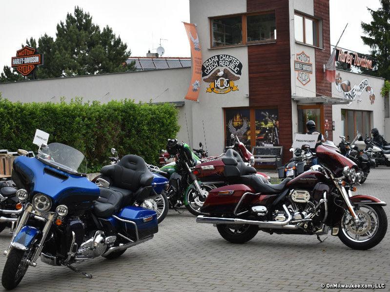 In Europe Harley Davidson Prague Throws World S Other 115th