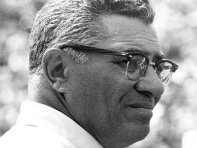 OnMedia: HBO's new look at Vince Lombardi