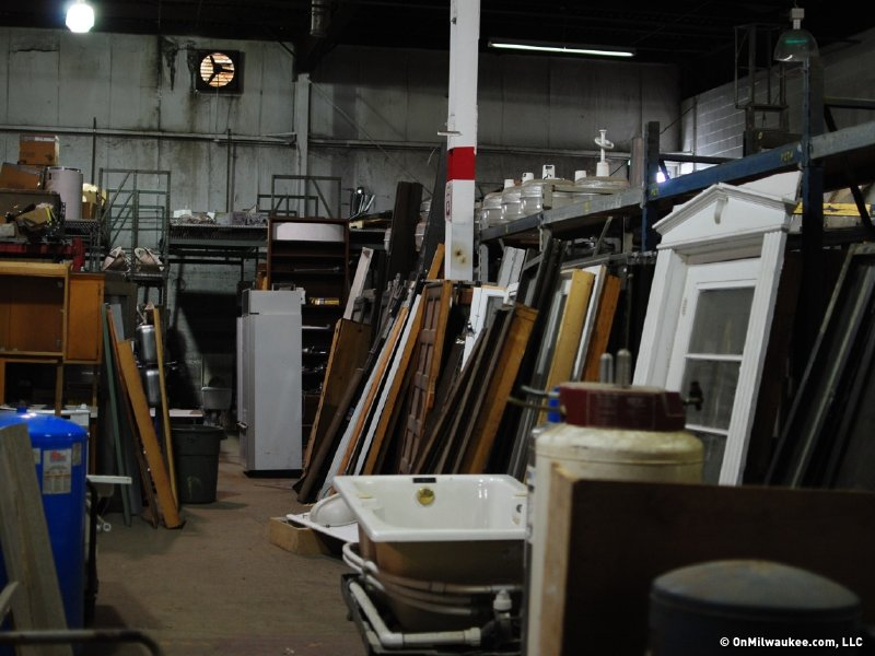 I m salvage finds treasure in destruction onmilwaukee for Reclaimed house materials