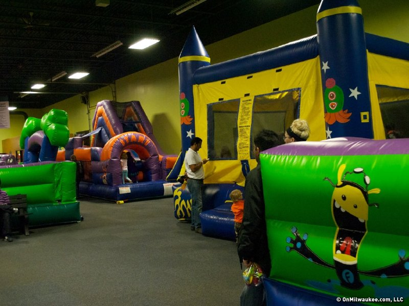 Indoor Playgrounds And Inflatables Facilities Guide Onmilwaukee