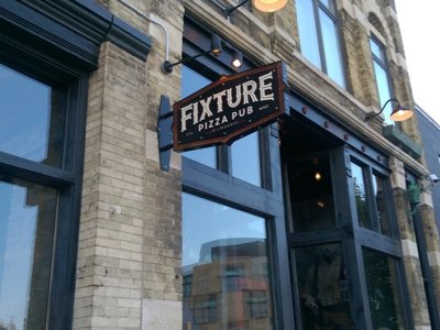 In search of the perfect pizza: Fixture Pizza Pub