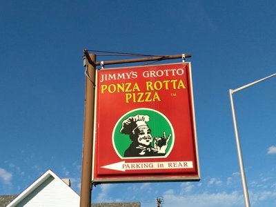 In search of the perfect pizza: Jimmy's Grotto