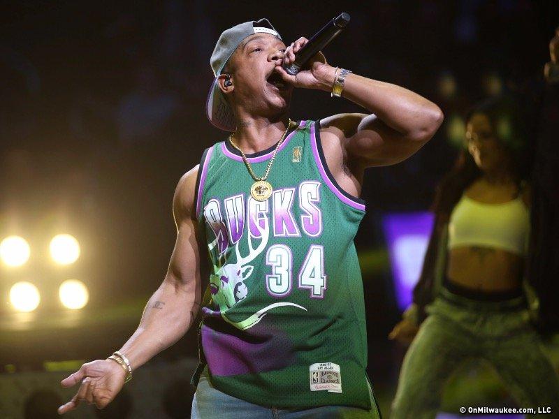 Ja Rule played last night's Bucks halftime show, and I didn't hate