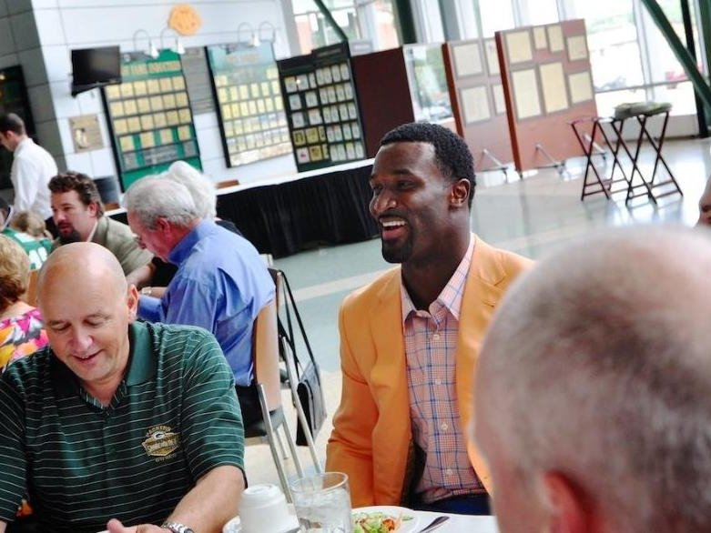 living james jones to appear at milwaukee