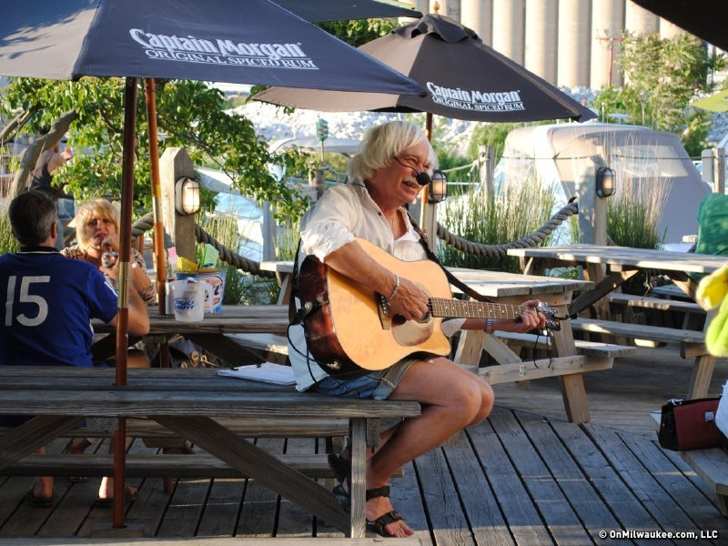Jimmi T. brightens Barnacle Bud's with musical fun