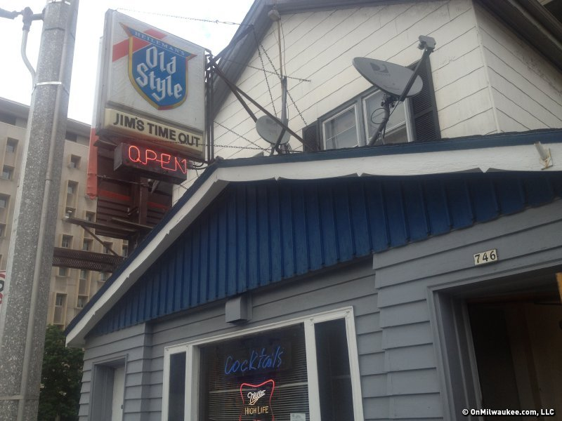 jims time out gets a new name - Midcentury Cafe 2015
