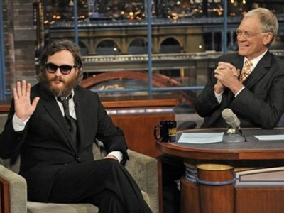 What the hell happened to actor Joaquin Phoenix?