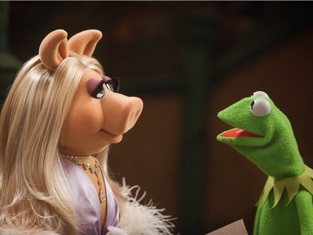 Miss Piggy Puppet Porn - Miss Piggy and Kermit the Frog - felt beings controlled by literal  corporate and human puppet masters - have broken up.