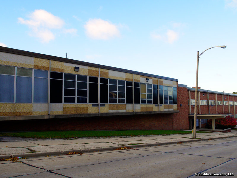 As of autumn 2016, this will be the new home of Rufus King IB Middle School.