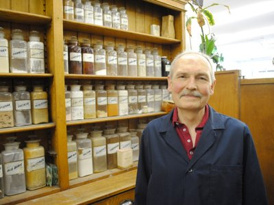 Laabs pharmacy still serves Milwaukee after 113 years