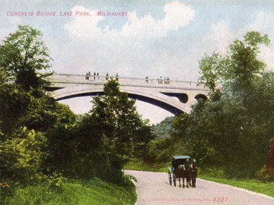 Lake Park bridge Image