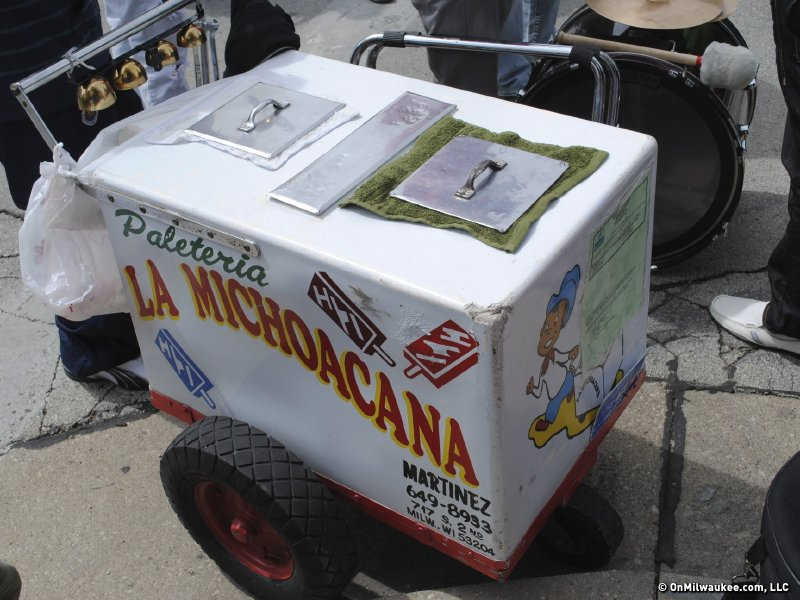 La Michoacana Delivers Frozen Treats Via Paleteros Onmilwaukee