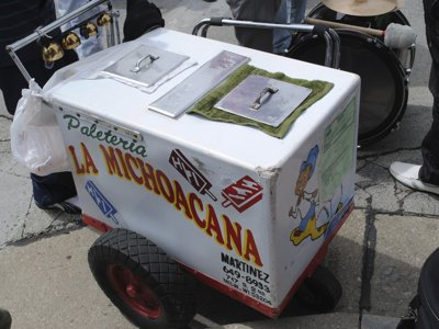 La Michoacana delivers frozen treats via paleteros