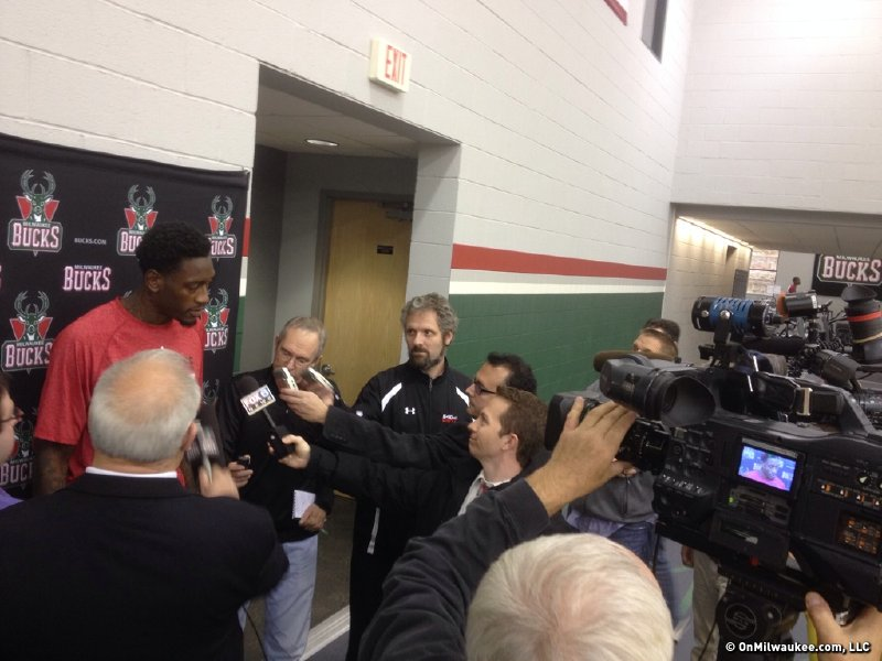 Bucks center Larry Sanders apologized to Milwaukee for his involvement in an incident last weekend.