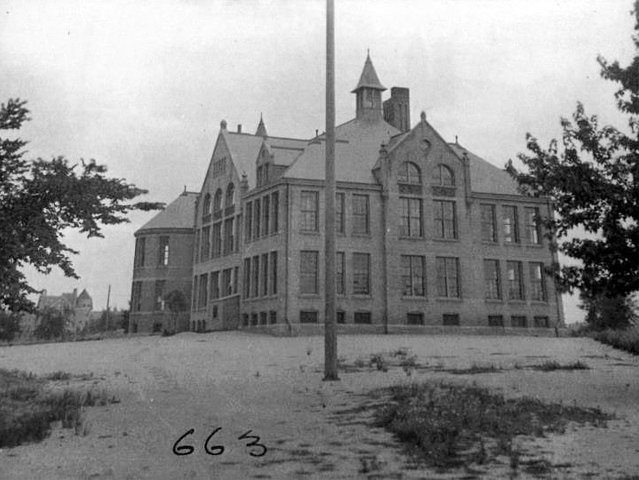 They also did some schools, like this one on the East Side. (Photo: Milwaukee County Historical Society.)