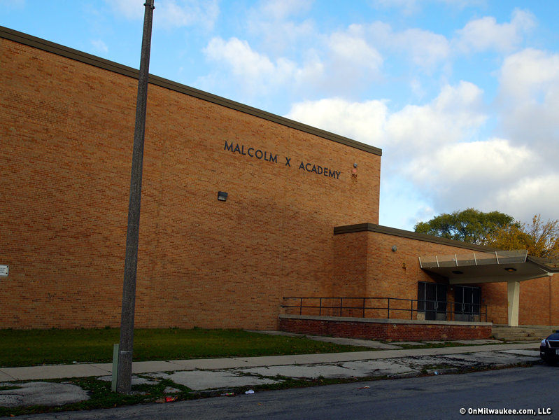 The building is expected to reopen as King IB Middle School in fall 2016.