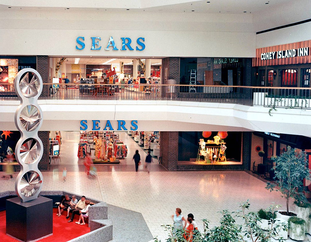 Shopping Malls Fight Back Onmilwaukee