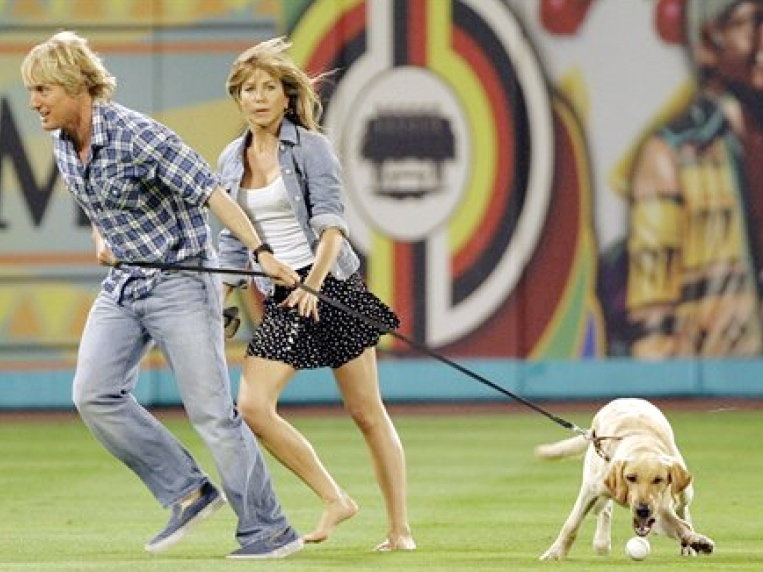 "Owen Wilson and Jennifer Aniston in ""Marley & Me."""