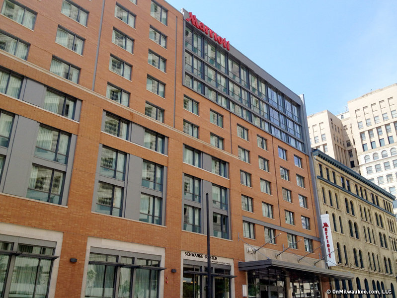 Kahler Slater designed the Marriott Dowtown on Milwaukee Street and Wisconsin Avenue.
