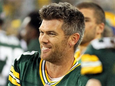 Go green, gold and pink for breast cancer awareness with Packers' Mason Crosby