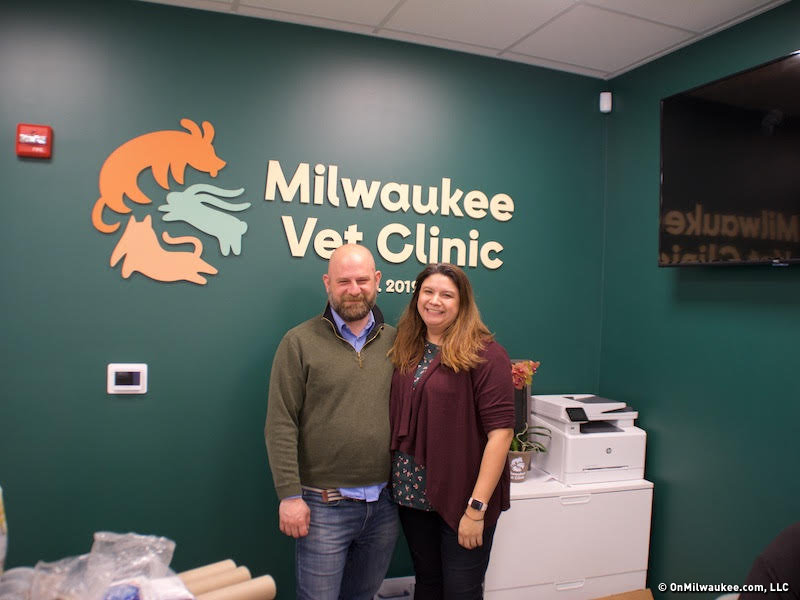 Tosa native opens vet clinic near Dogtown Meowaukee
