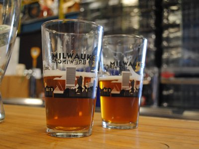 Milwaukee Brewing Co. tour offers a tall drink of fun