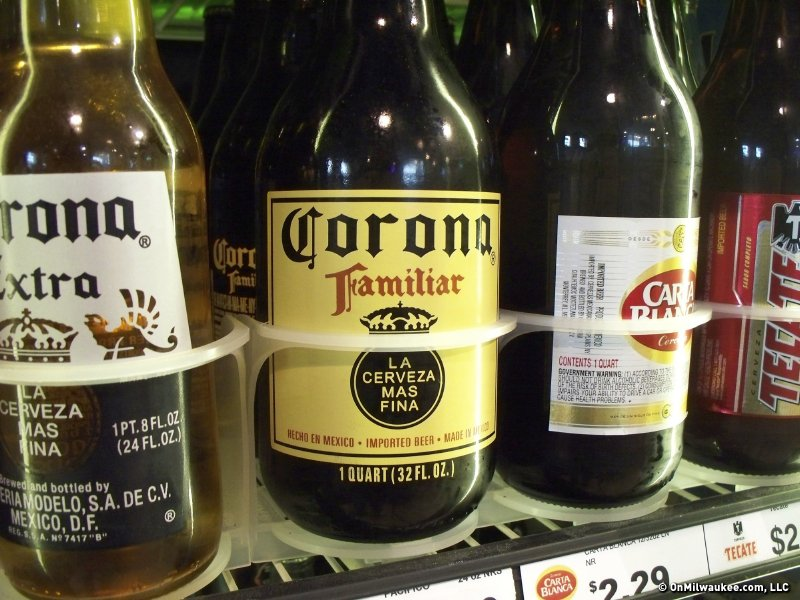 Onmilwaukee Com Bars Amp Clubs A Look At Mexican Cervezas