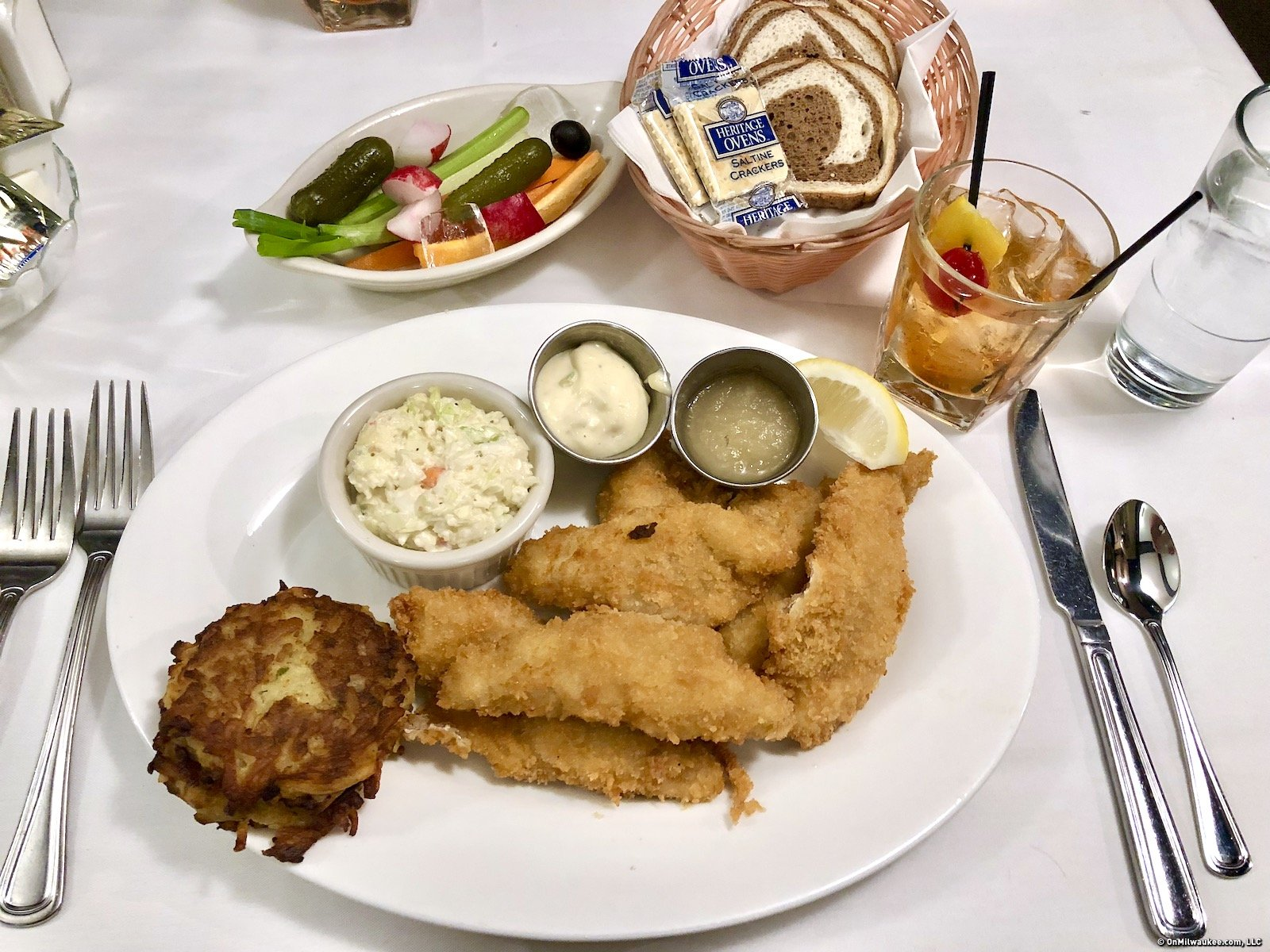 Milwaukee fish fry guide onmilwaukee for Best fish fry in wisconsin