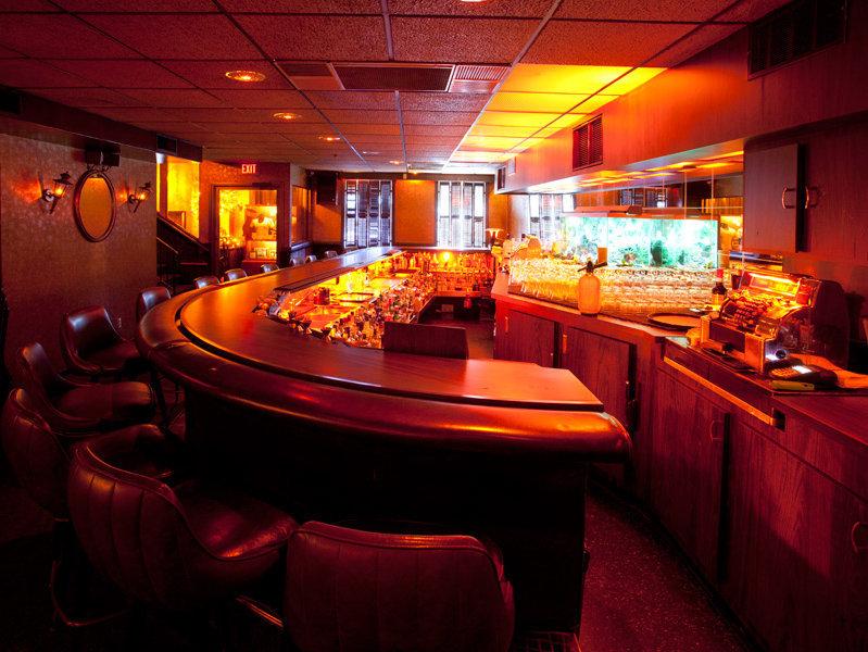 best bars in milwaukee