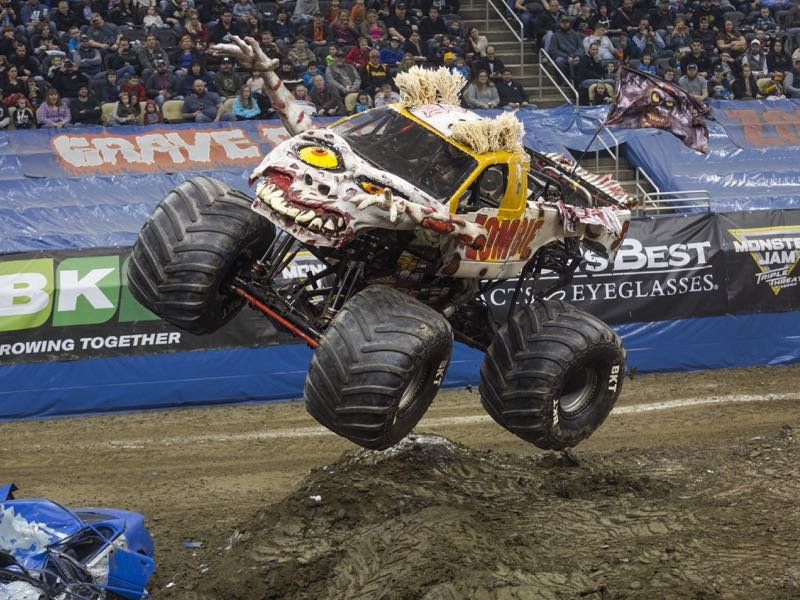Meet Monster Jam Driver Ami Houde And Her Rig The Zombie