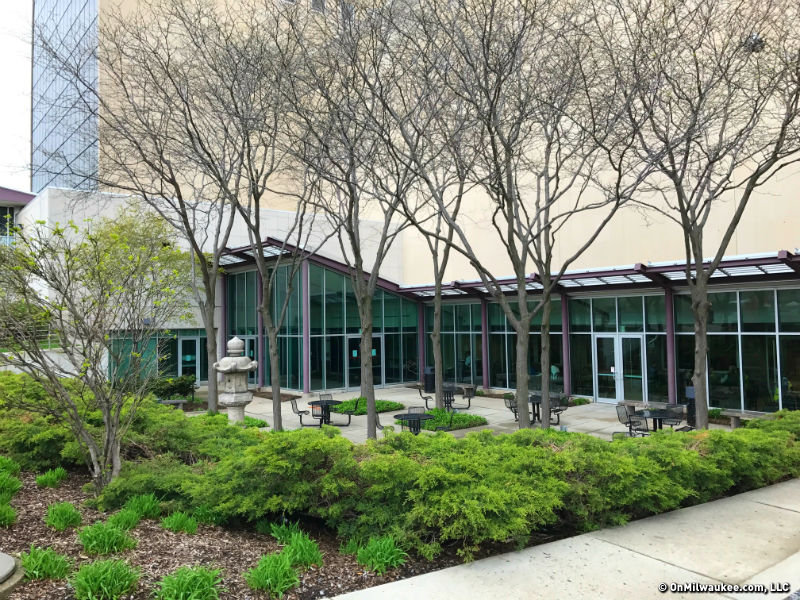 stormwater initiative will green milwaukee public museum entrance