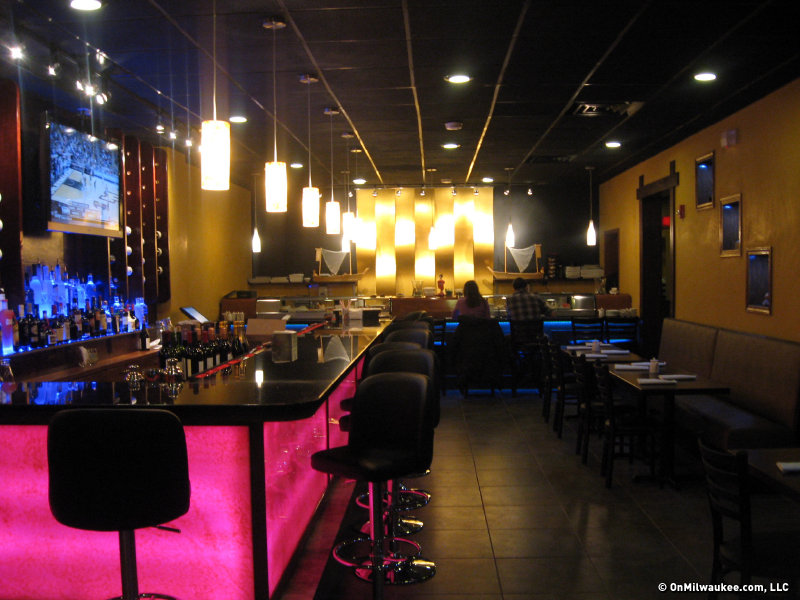 The jury is still out on nana asian fusion and sushi bar for Asian fusion cuisine and sushi bar