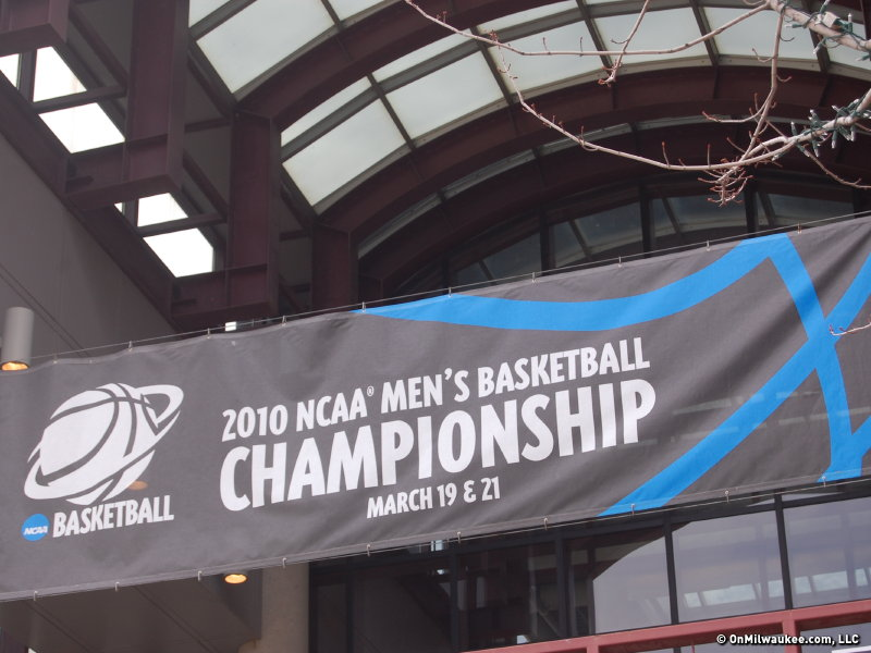 The Milwaukee portion of the 2010 NCAA Tournament got underway with practice sessions Thursday.