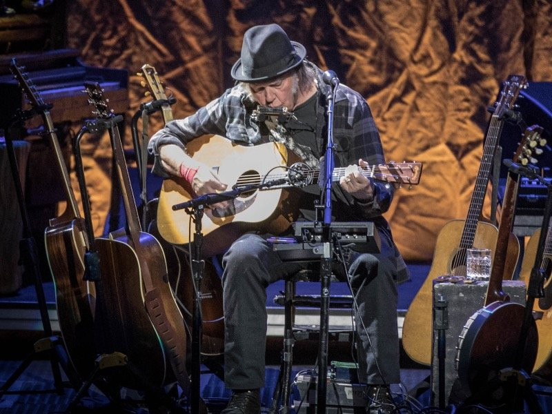 Neil Young Performs Stripped Down Solo Concert At The