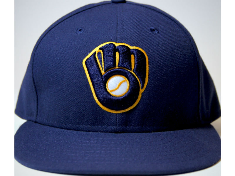 Brewers unveil new alternate hat and