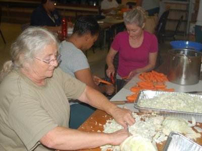 Nonprofit provides inmates kitchen skills, opportunity to give back