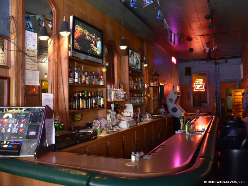 No wisconsin bars on post 39 s list of america 39 s most for Bar dive